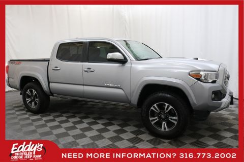 Pre-Owned 2017 Toyota Tacoma Crew Cab TRD Sport 4x4